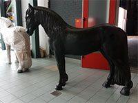 Fries paard (hoogte 205 cm)